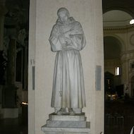 Cathedral of San Rufino (Assisi Cathedral) - Statue of Saint Francis